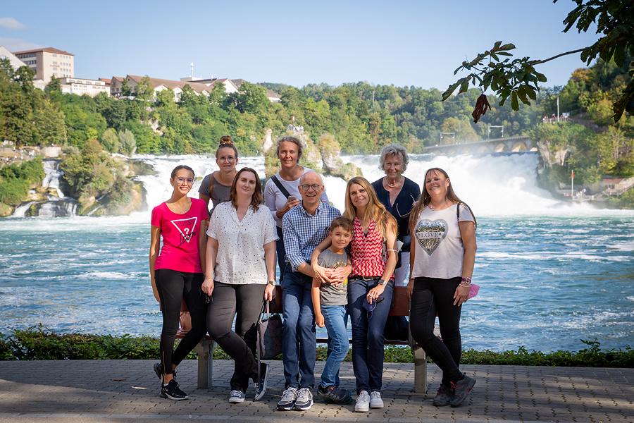 Dr. Heinz Schmid und sein Team